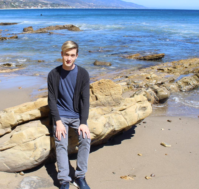 how much does tyler henry charge for a reading?